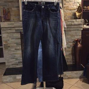 LEI 9/29  Junior Slim Boot Jeans Good condition